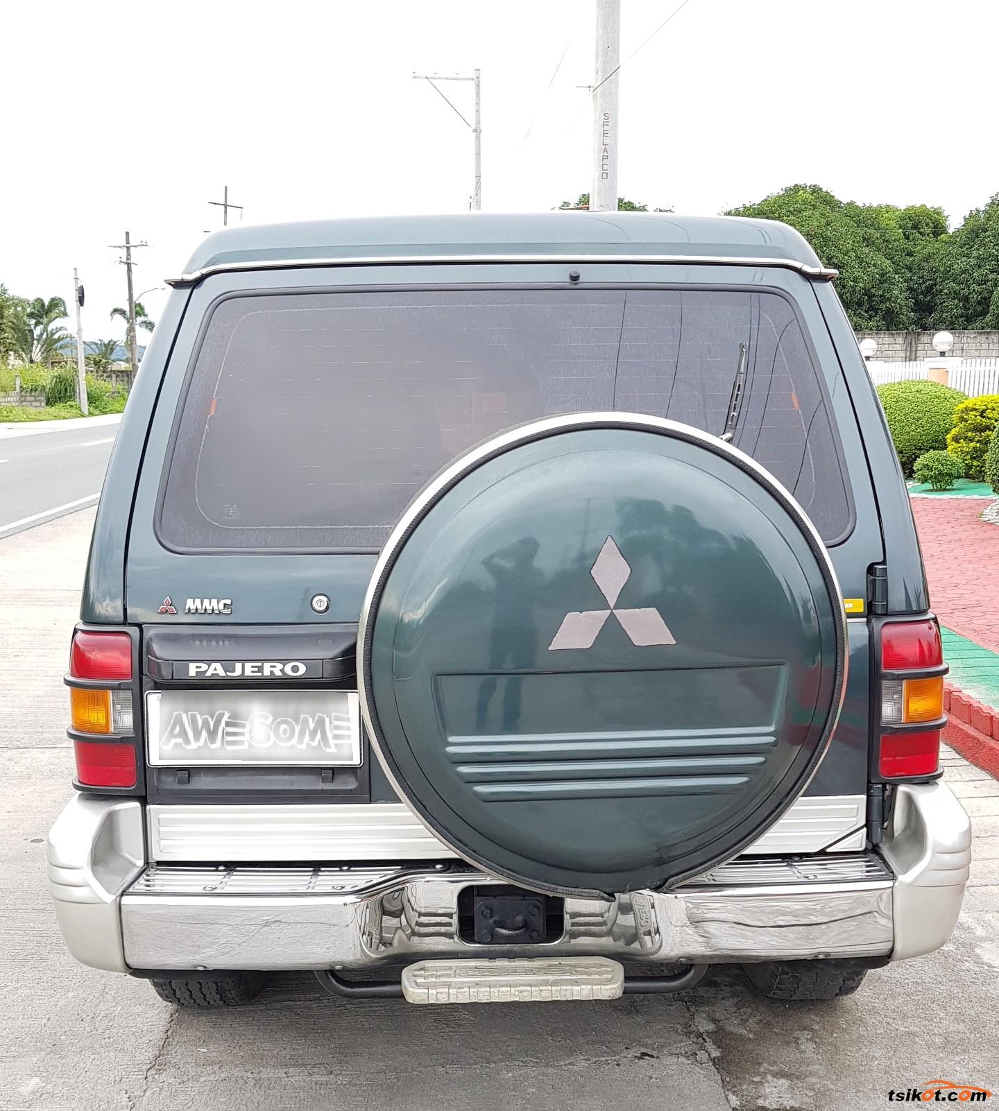Mitsubishi Pajero 1992 - 3