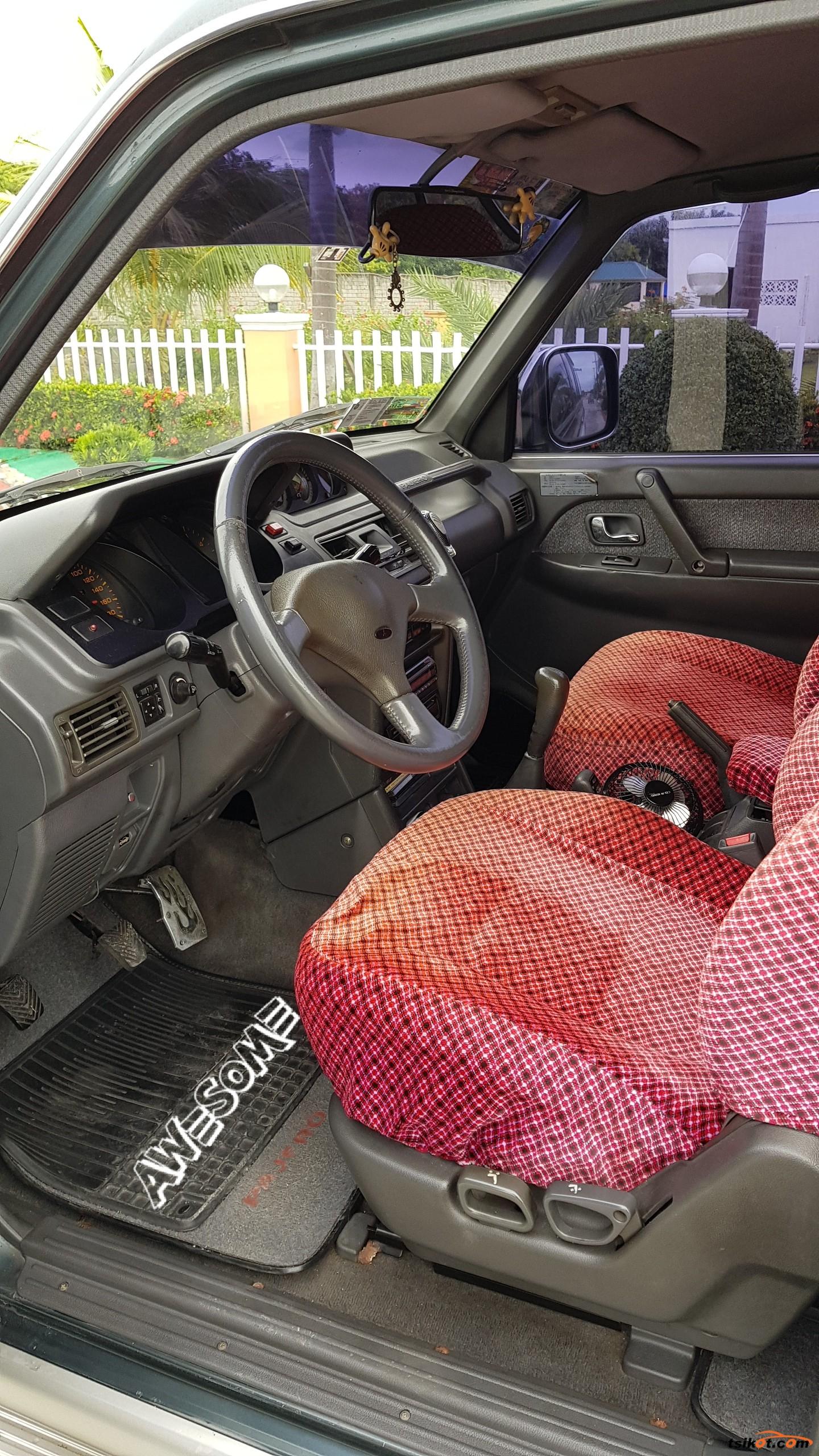 Mitsubishi Pajero 1992 - 5