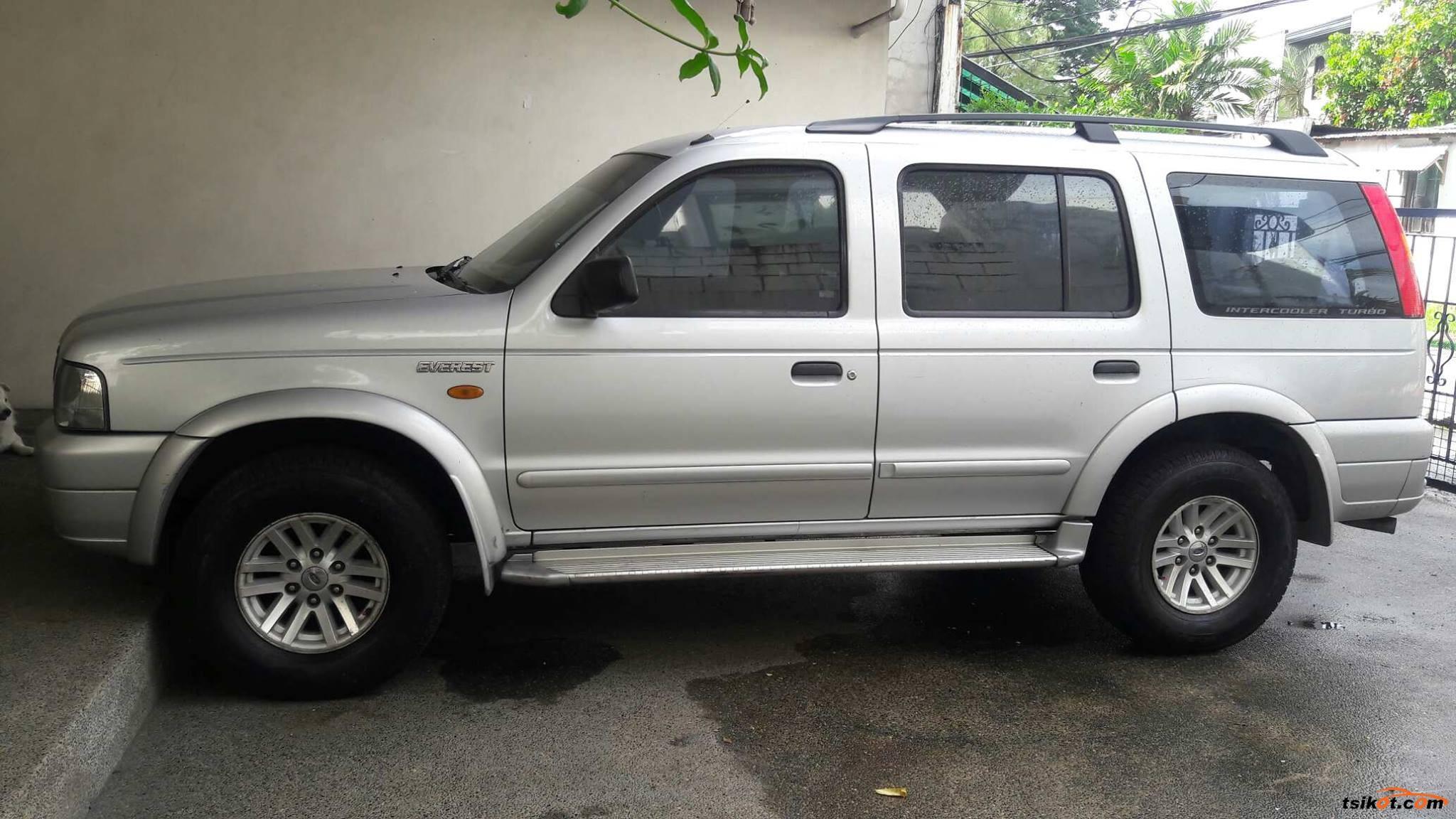 Ford Everest 2004 - 4