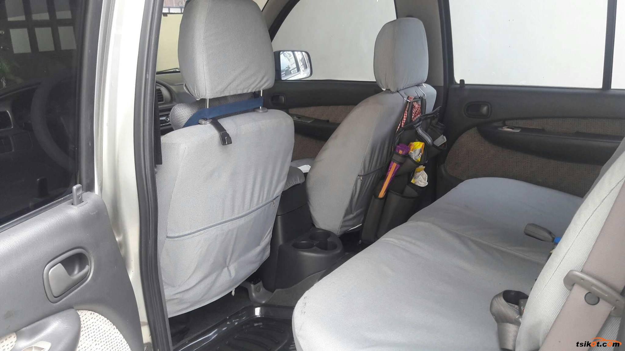 Ford Everest 2004 - 8