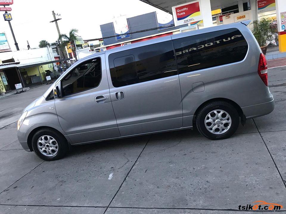 Hyundai Starex 2012 - 10