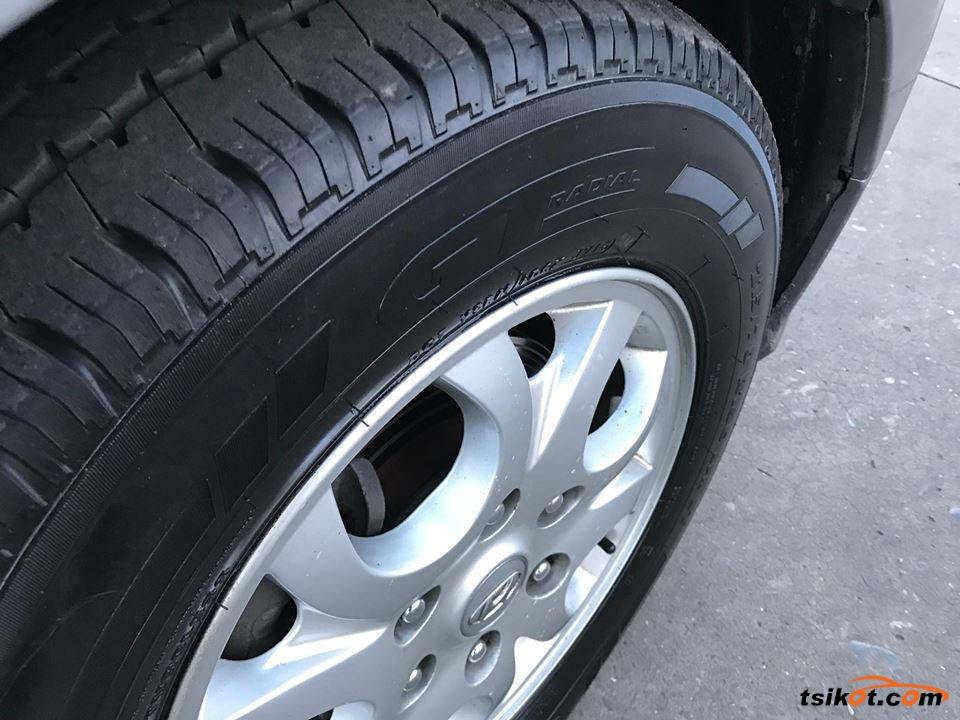Hyundai Starex 2012 - 9