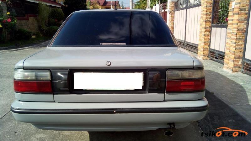 Toyota Corolla 1991 - 5