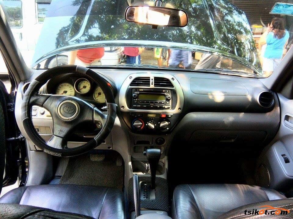 Toyota Rav4 2001 - 6
