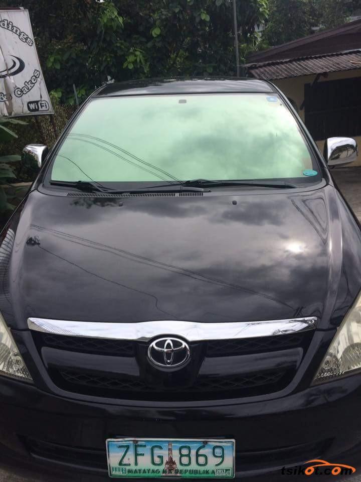 Toyota Innova 2006 - 1