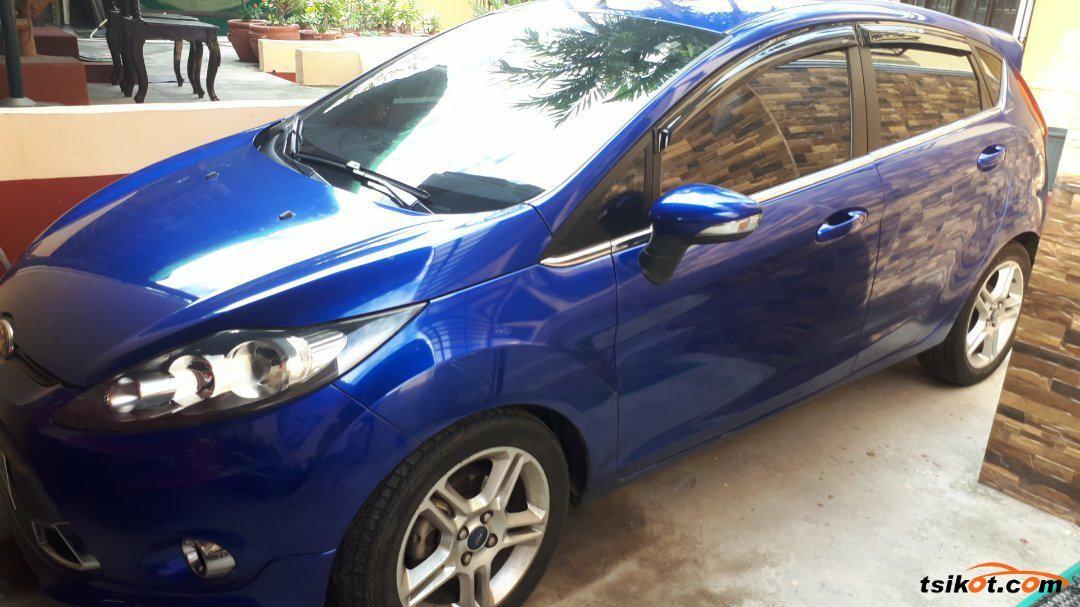 Ford Fiesta 2012 - 1