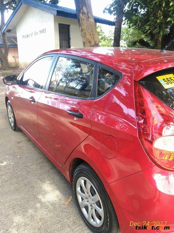 Hyundai Accent 2015 - 4