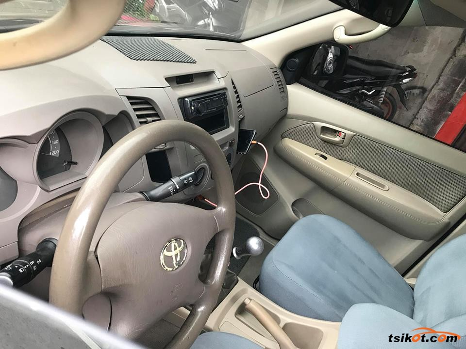 Toyota Hilux 2006 - 3