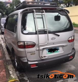 Hyundai Starex 2005 - 7