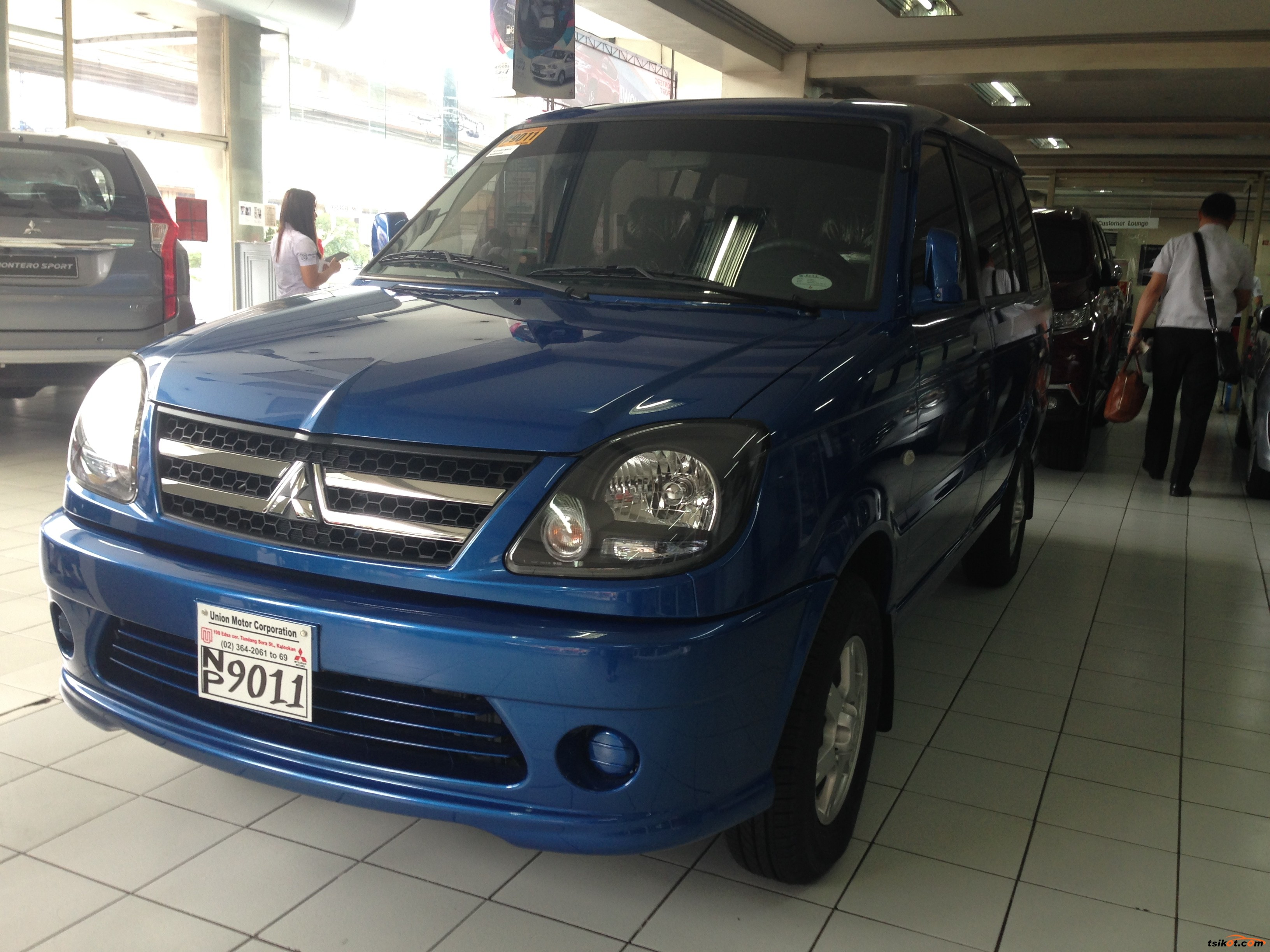Mitsubishi Adventure 2017 - 3