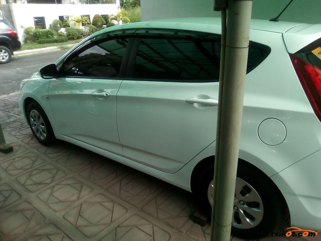 Hyundai Accent 2017 - 4