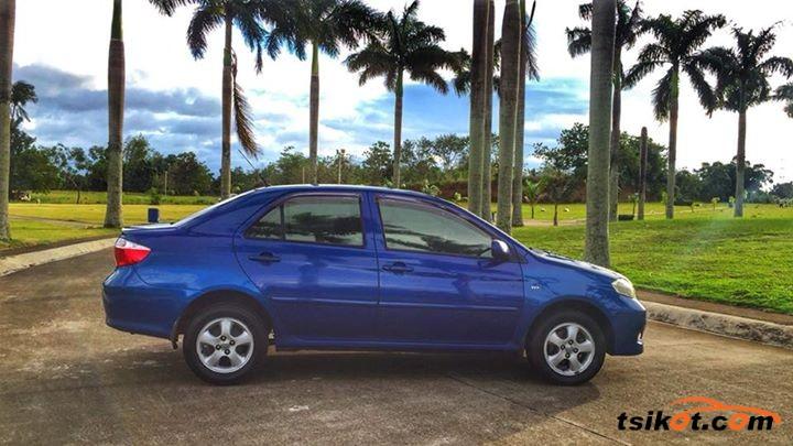 Toyota Vios 2004 - 4