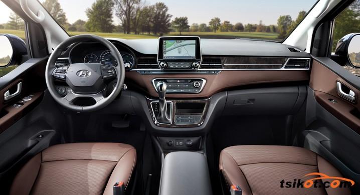 Hyundai Grand Starex 2017 - 3