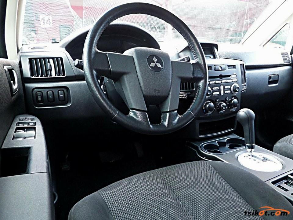 Mitsubishi Endeavor 2007 - 4