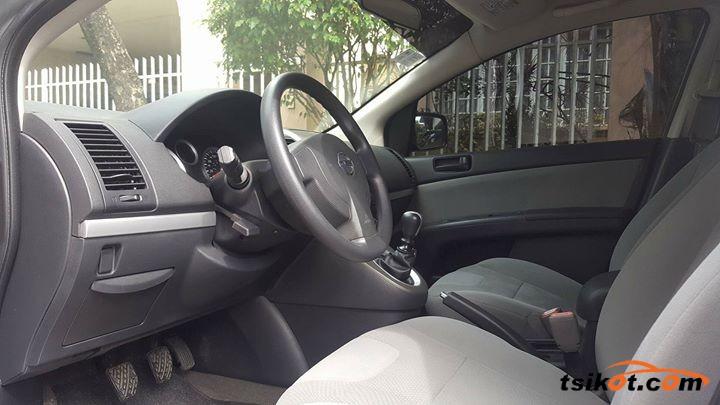 Nissan Sentra 2014 - 4