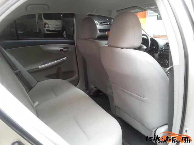 Toyota Corolla 2013 - 5