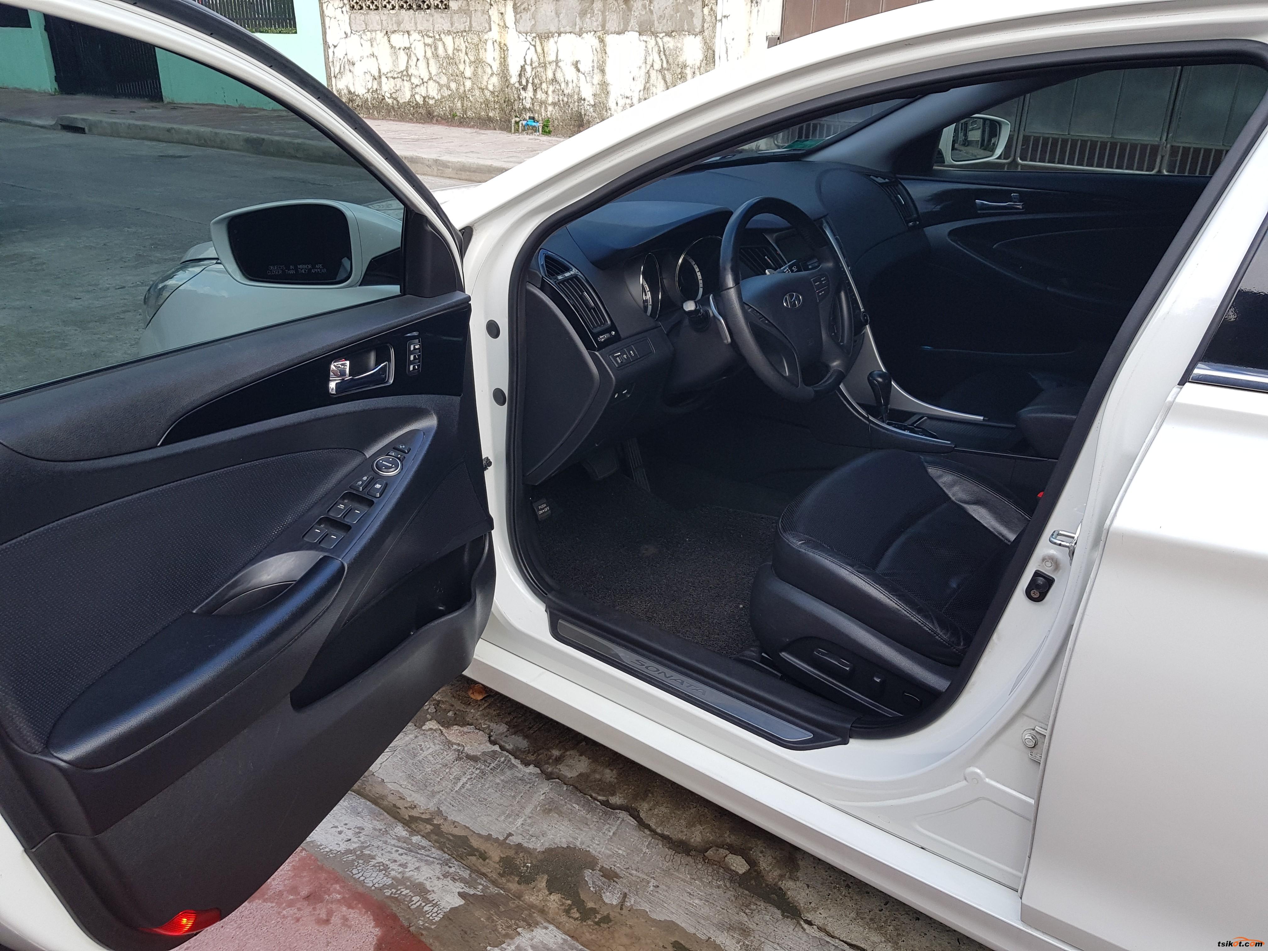 Hyundai Sonata 2010 - 10