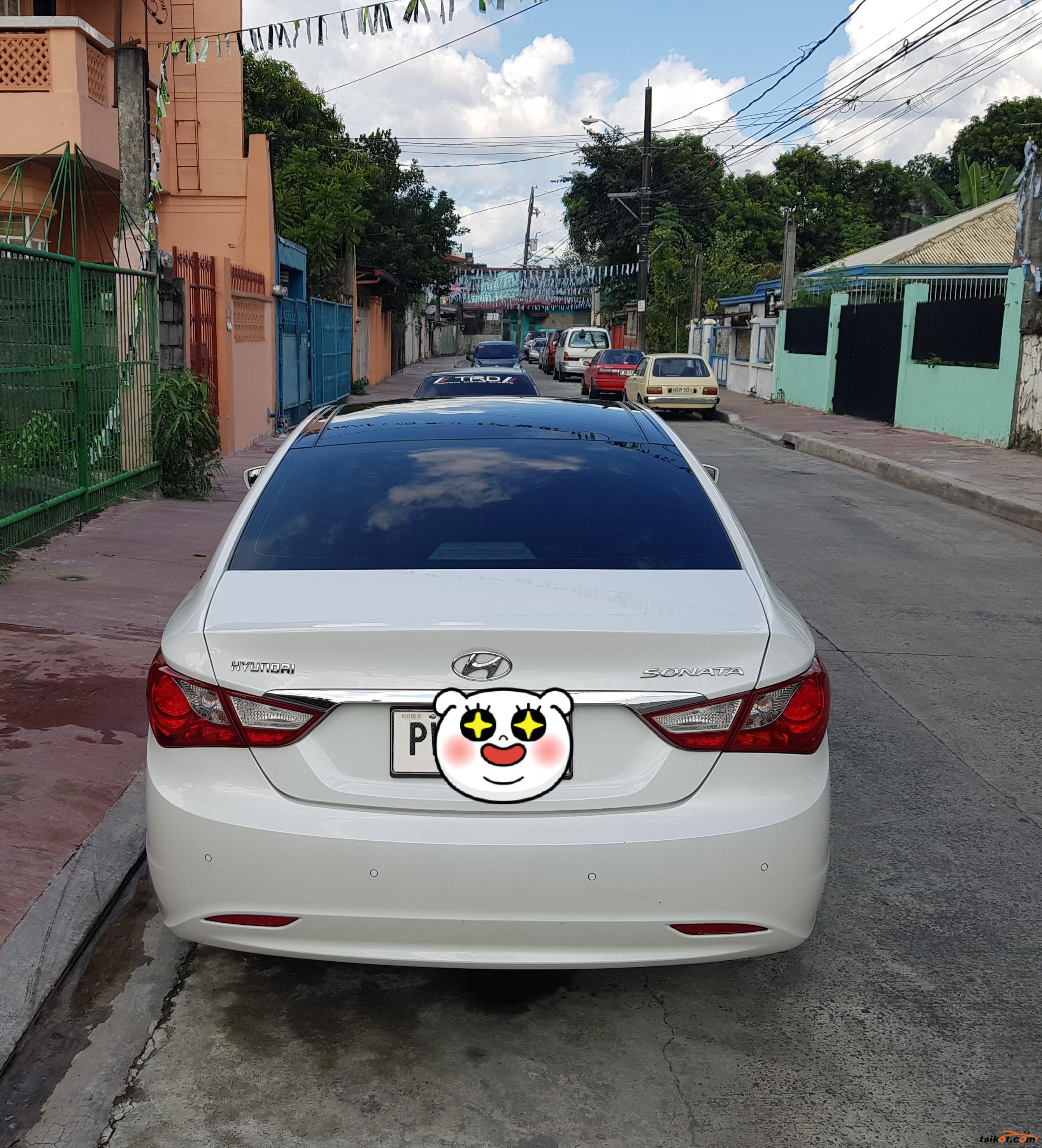 Hyundai Sonata 2010 - 4