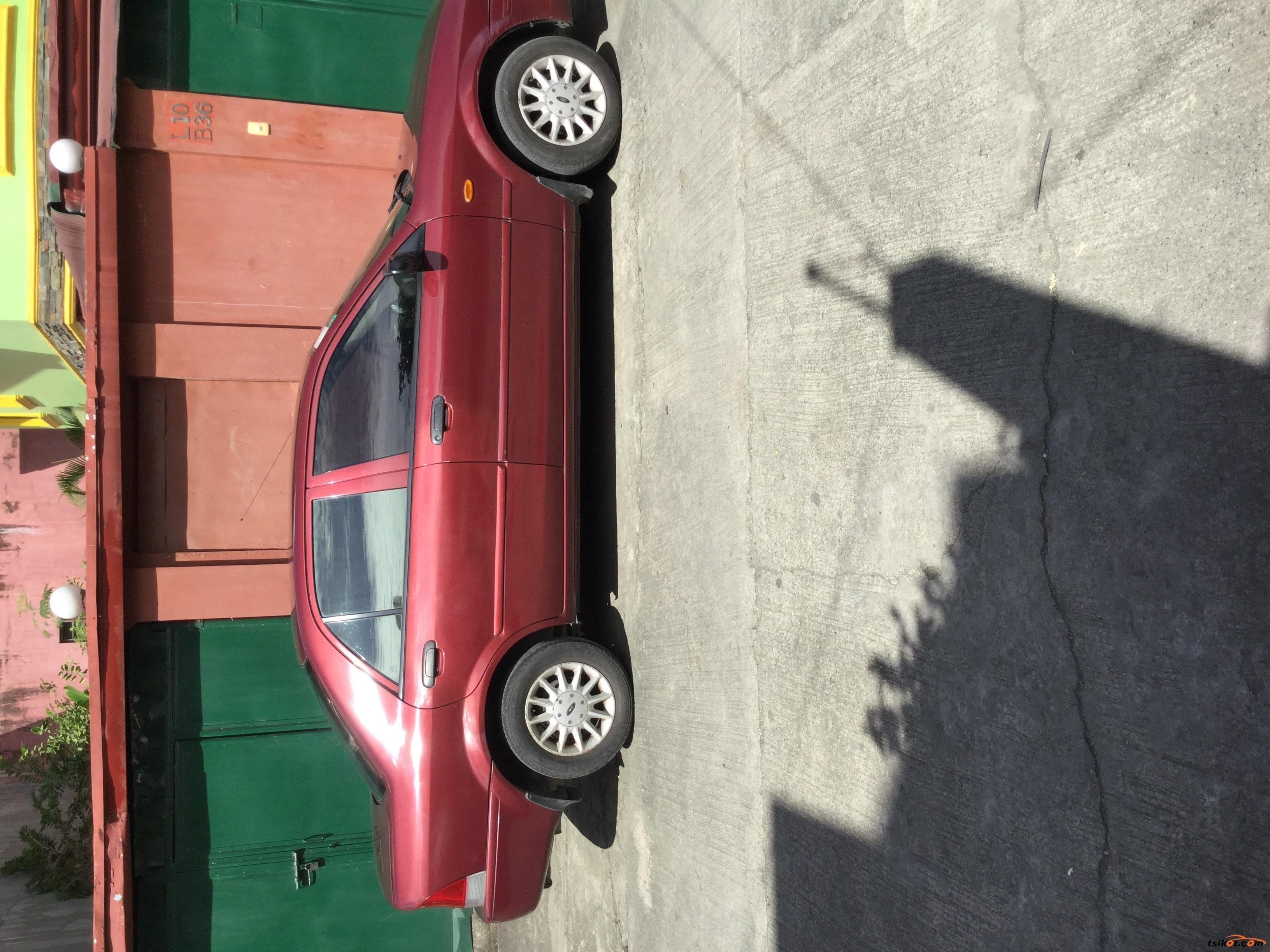 Ford Lynx 2000 - 1