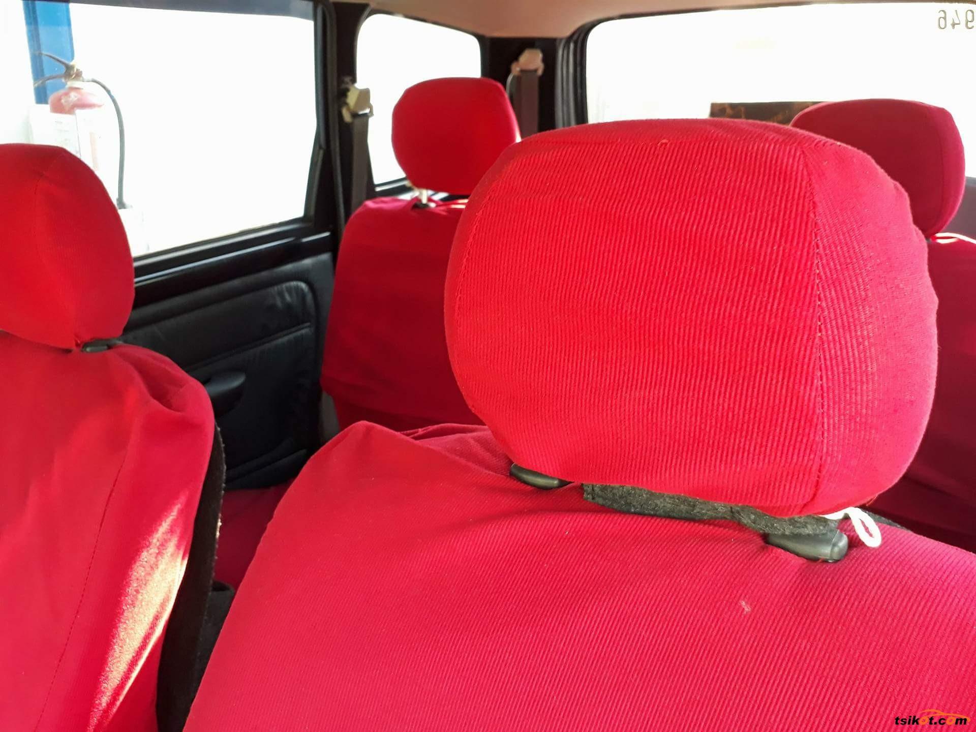 Toyota Avanza 2011 - 7