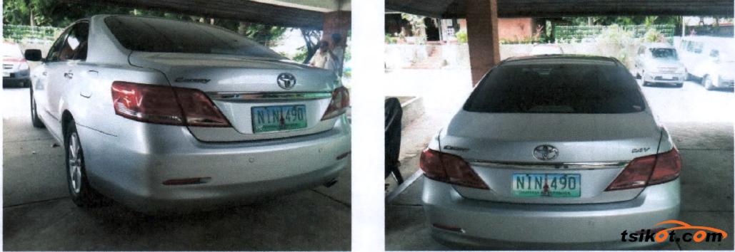 Toyota Camry 2010 - 5