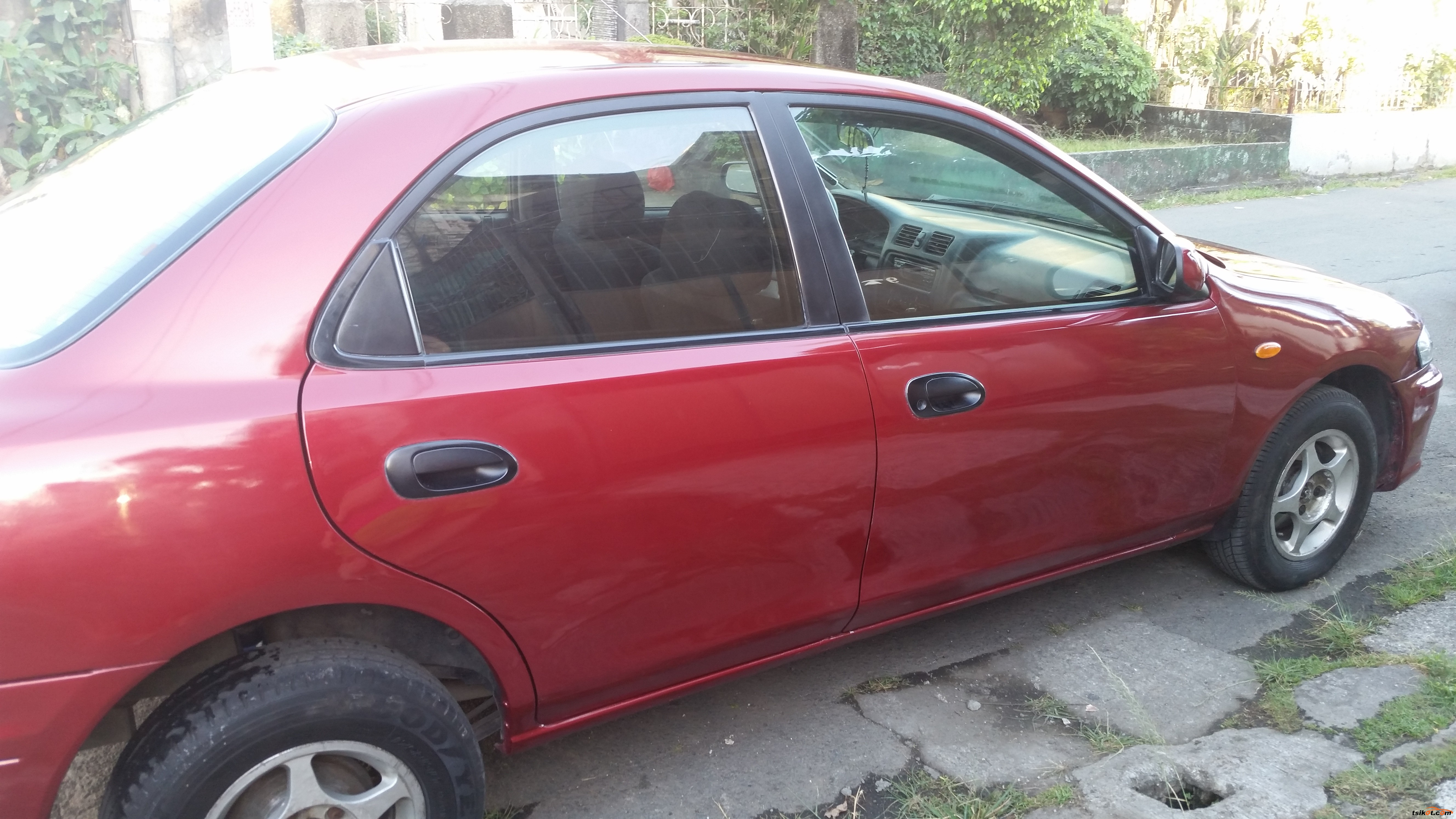 Mazda 323 1999 - 1