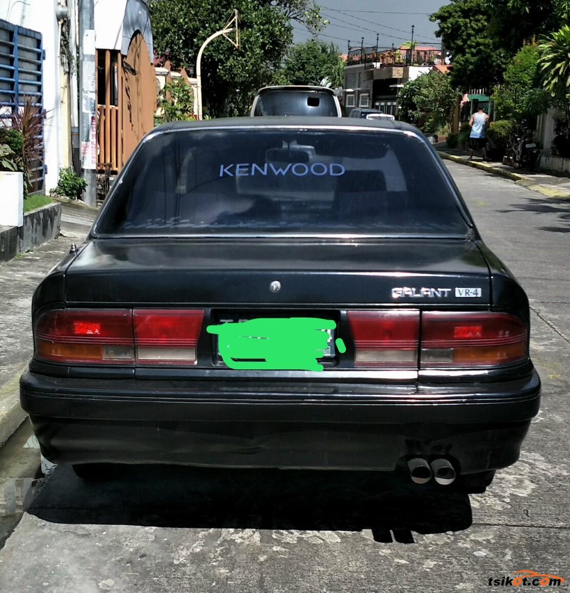 Mitsubishi Galant 1992 - 3