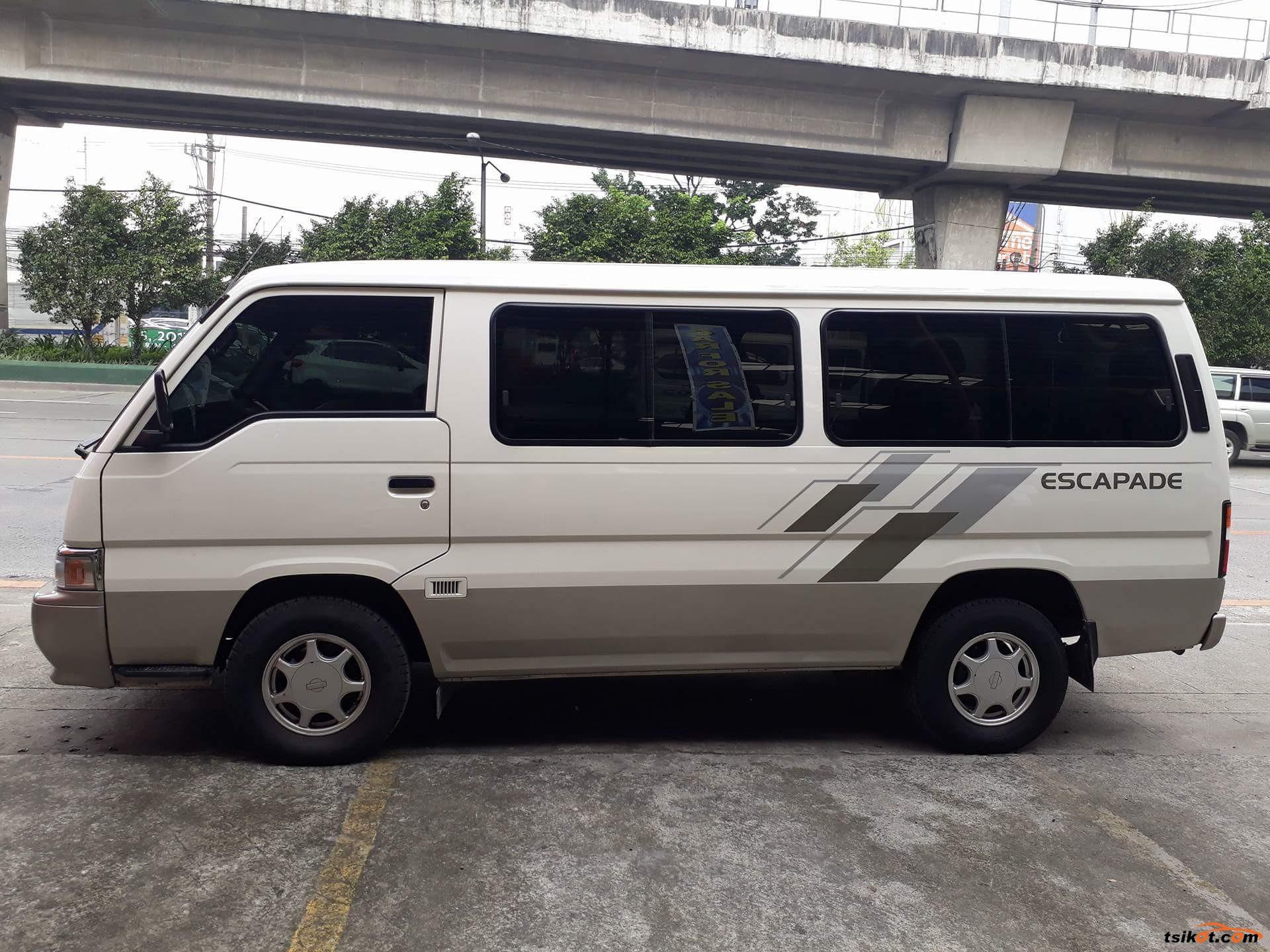 Nissan Urvan 2014 - 8