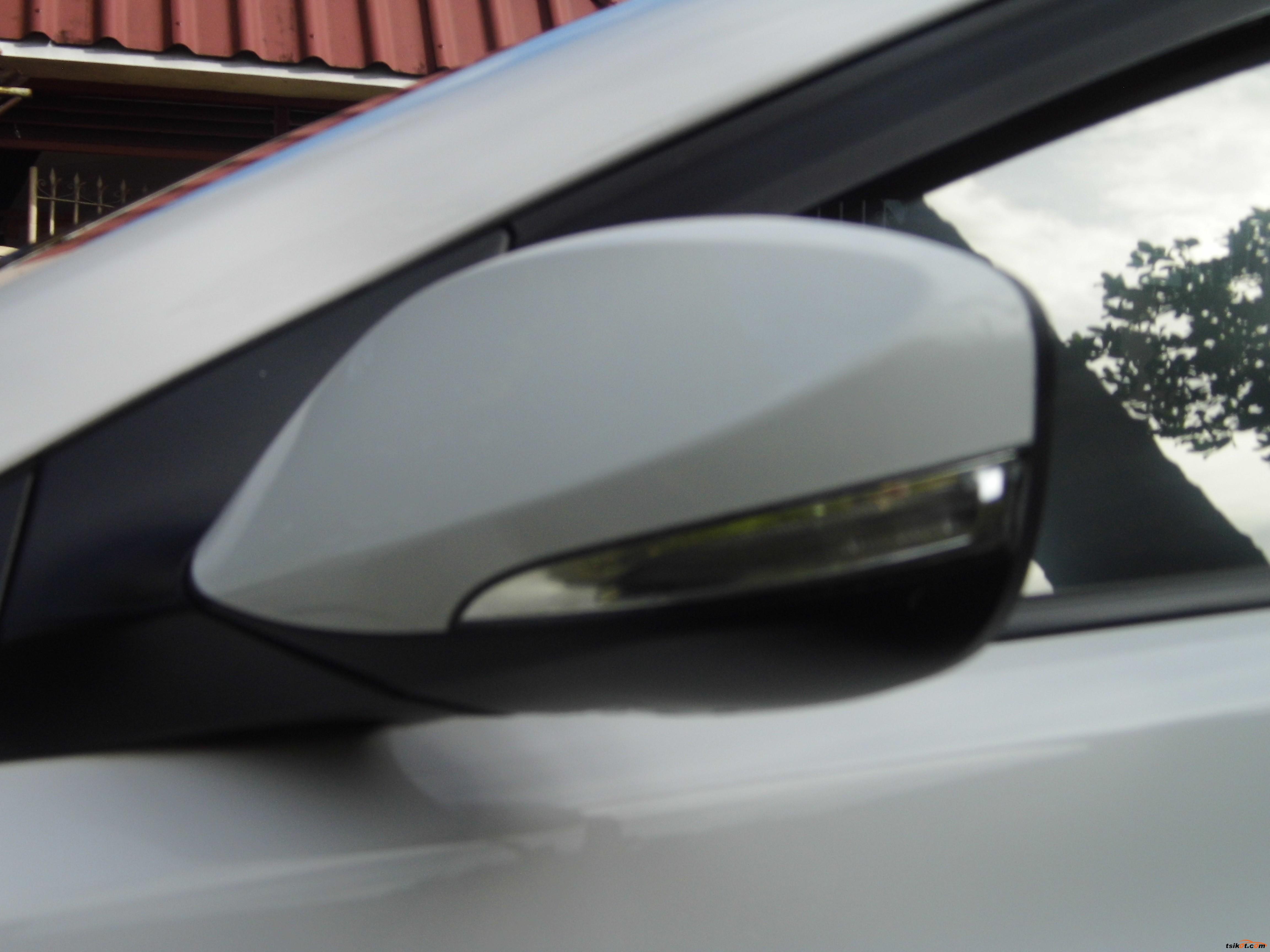 Hyundai Elantra 2012 - 5