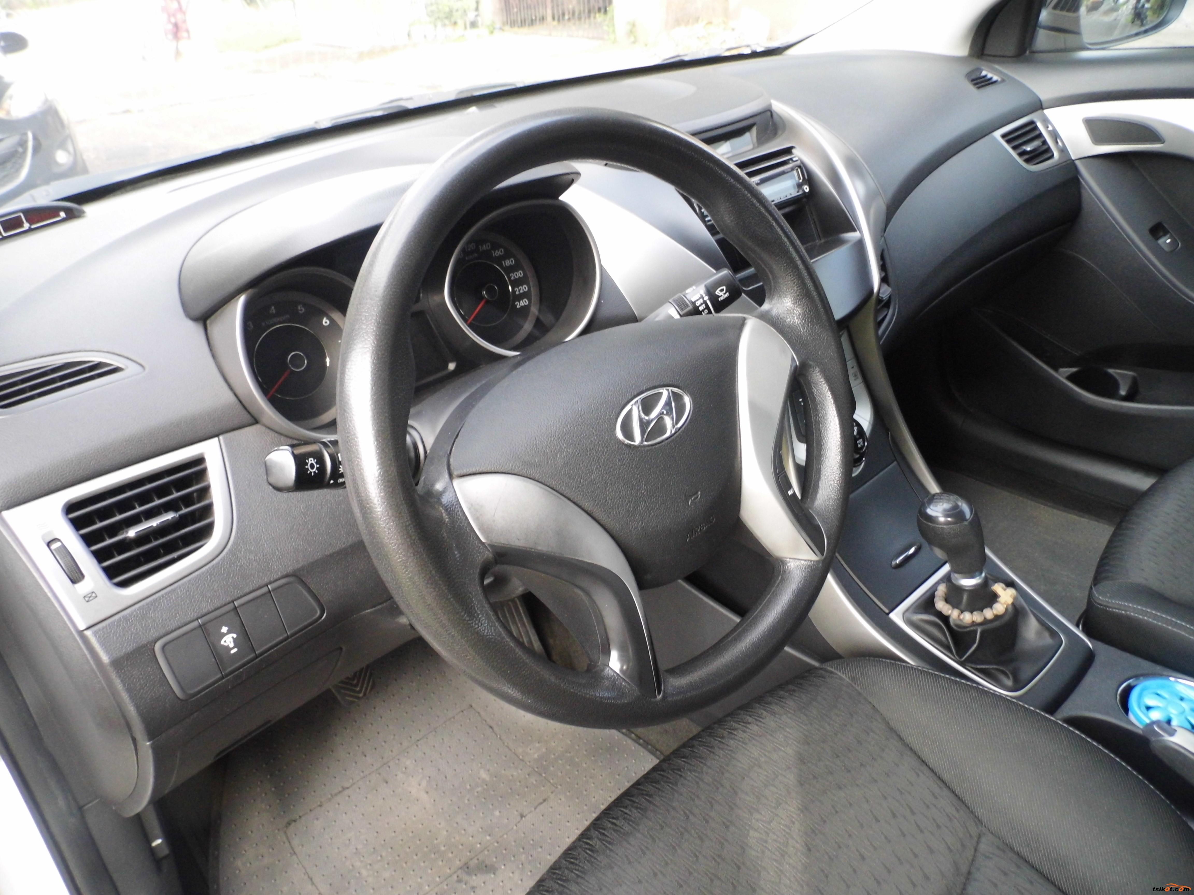 Hyundai Elantra 2012 - 7