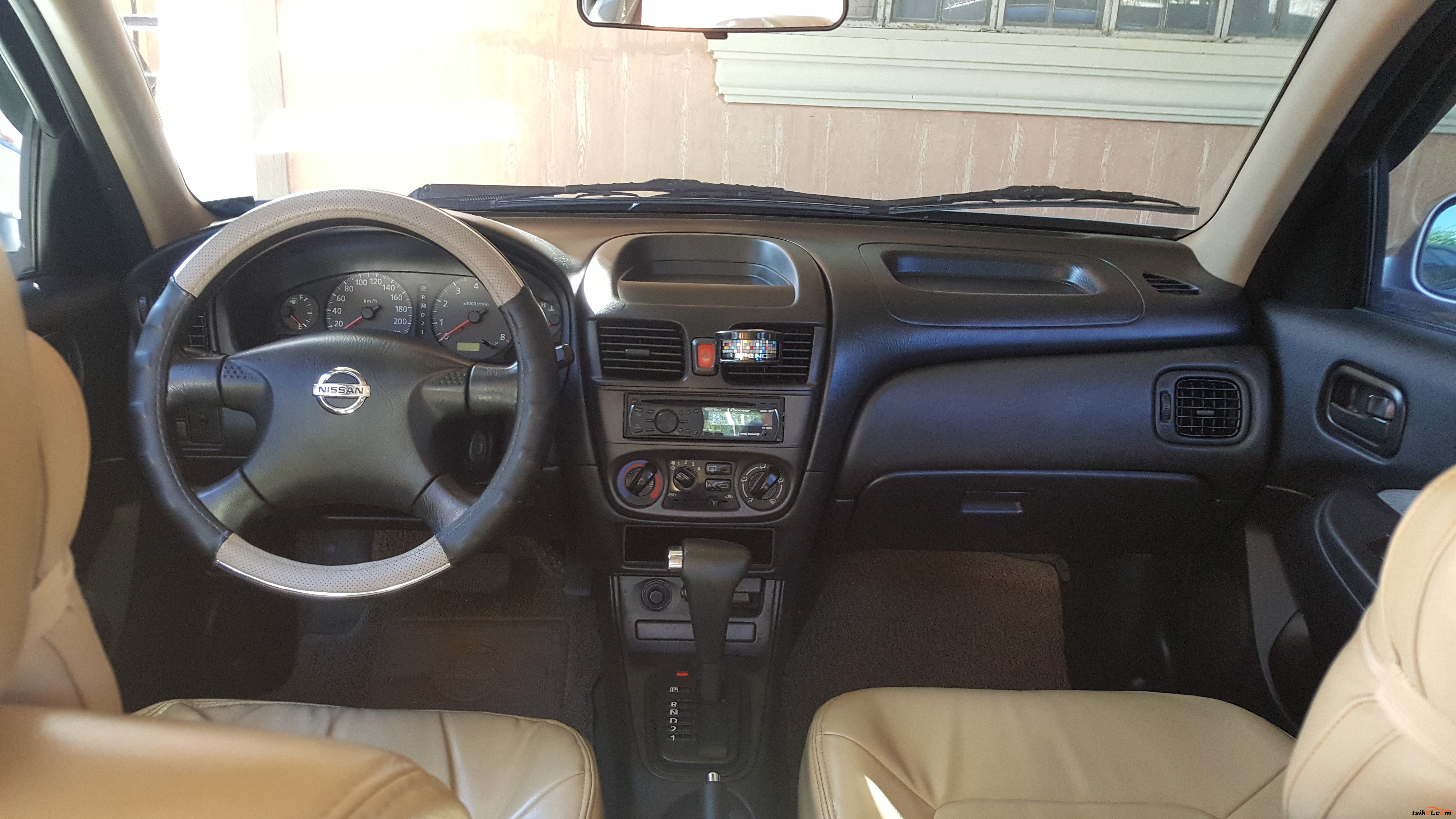 Nissan Sentra 2008 - 4