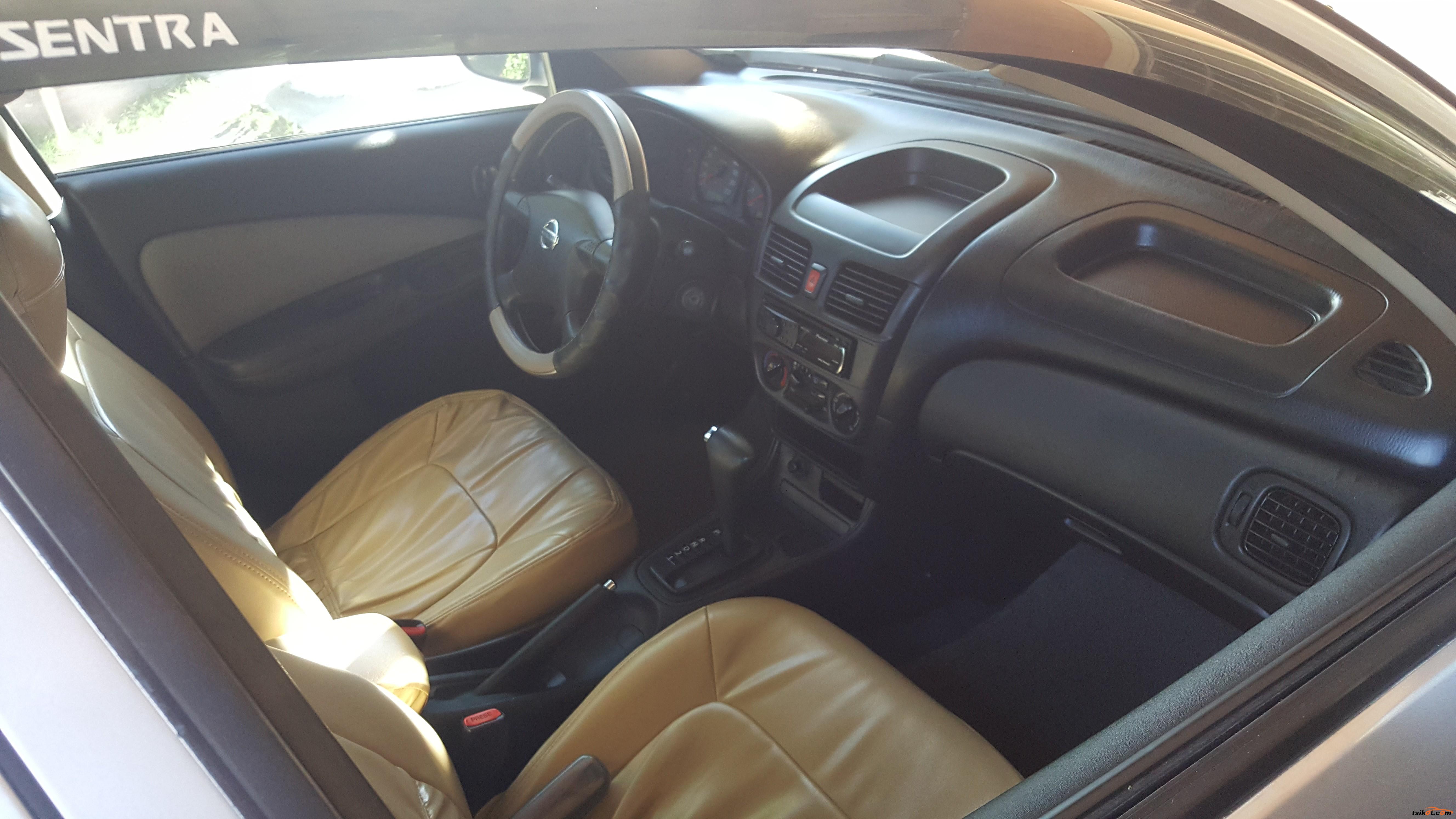 Nissan Sentra 2008 - 6