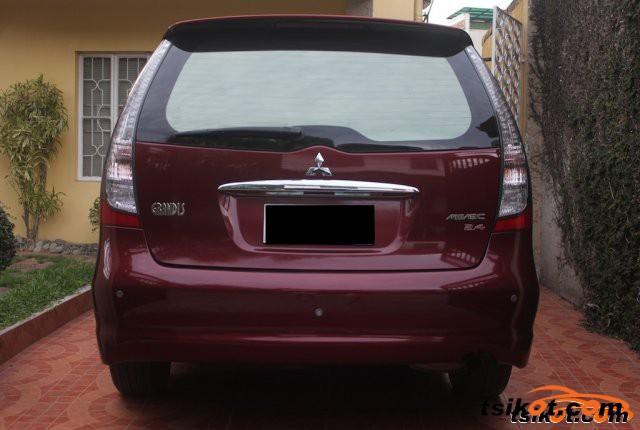 Mitsubishi Grandis 2008 - 4