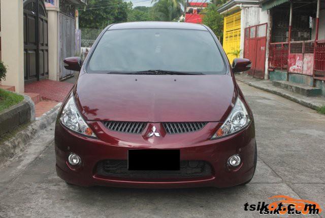 Mitsubishi Grandis 2008 - 6