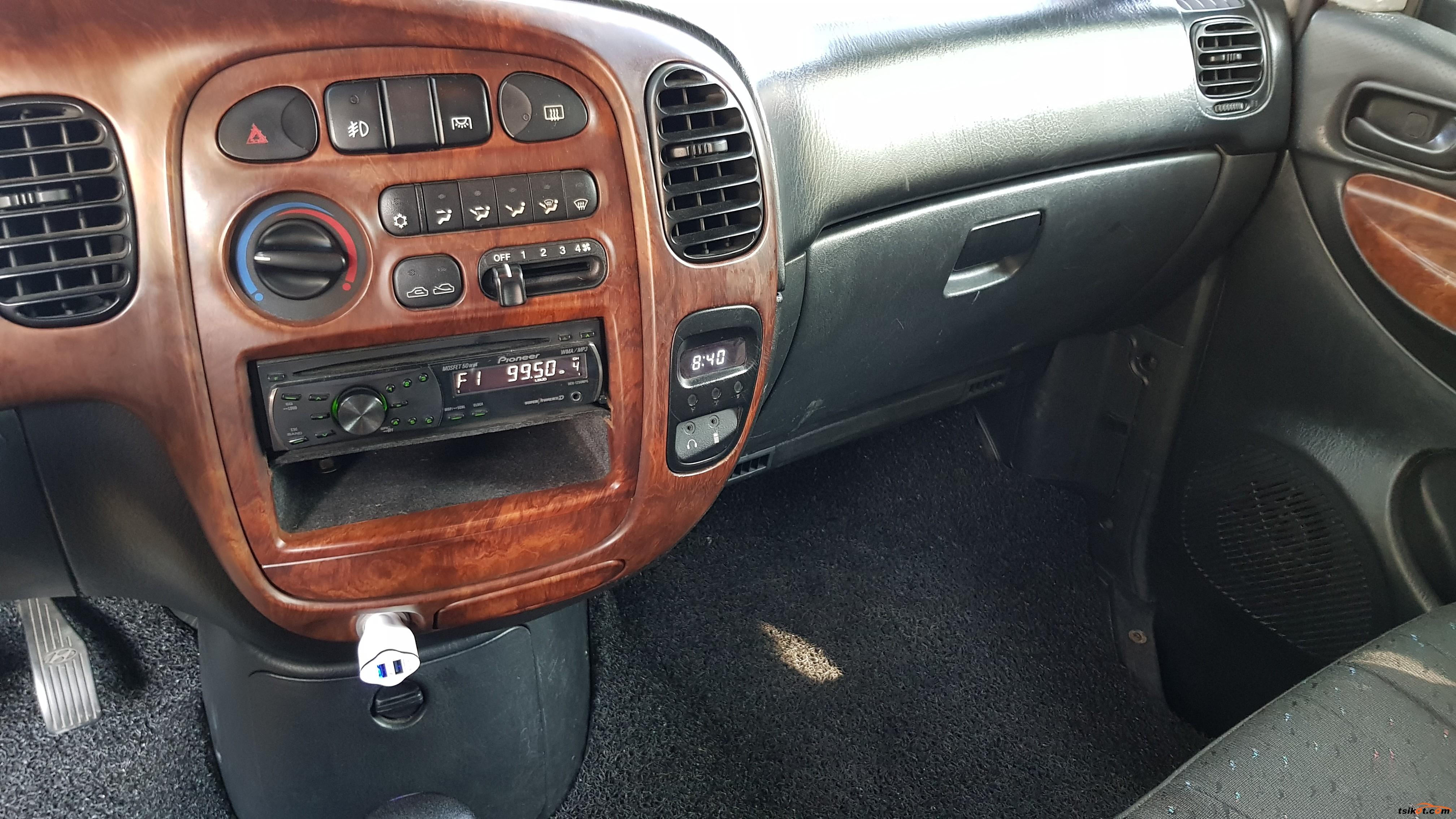 Hyundai Starex 2004 - 8