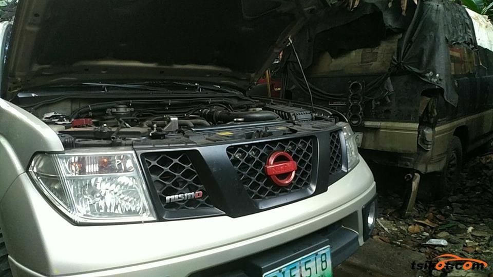 Nissan Navara 2010 - 5