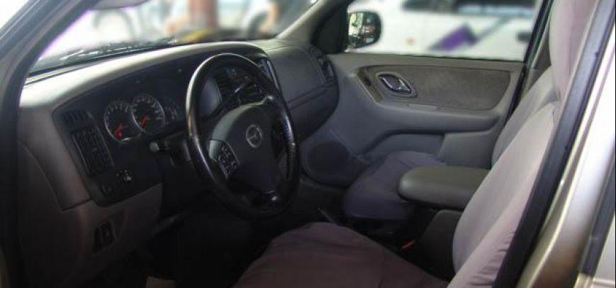 Mazda Tribute 2004 - 3