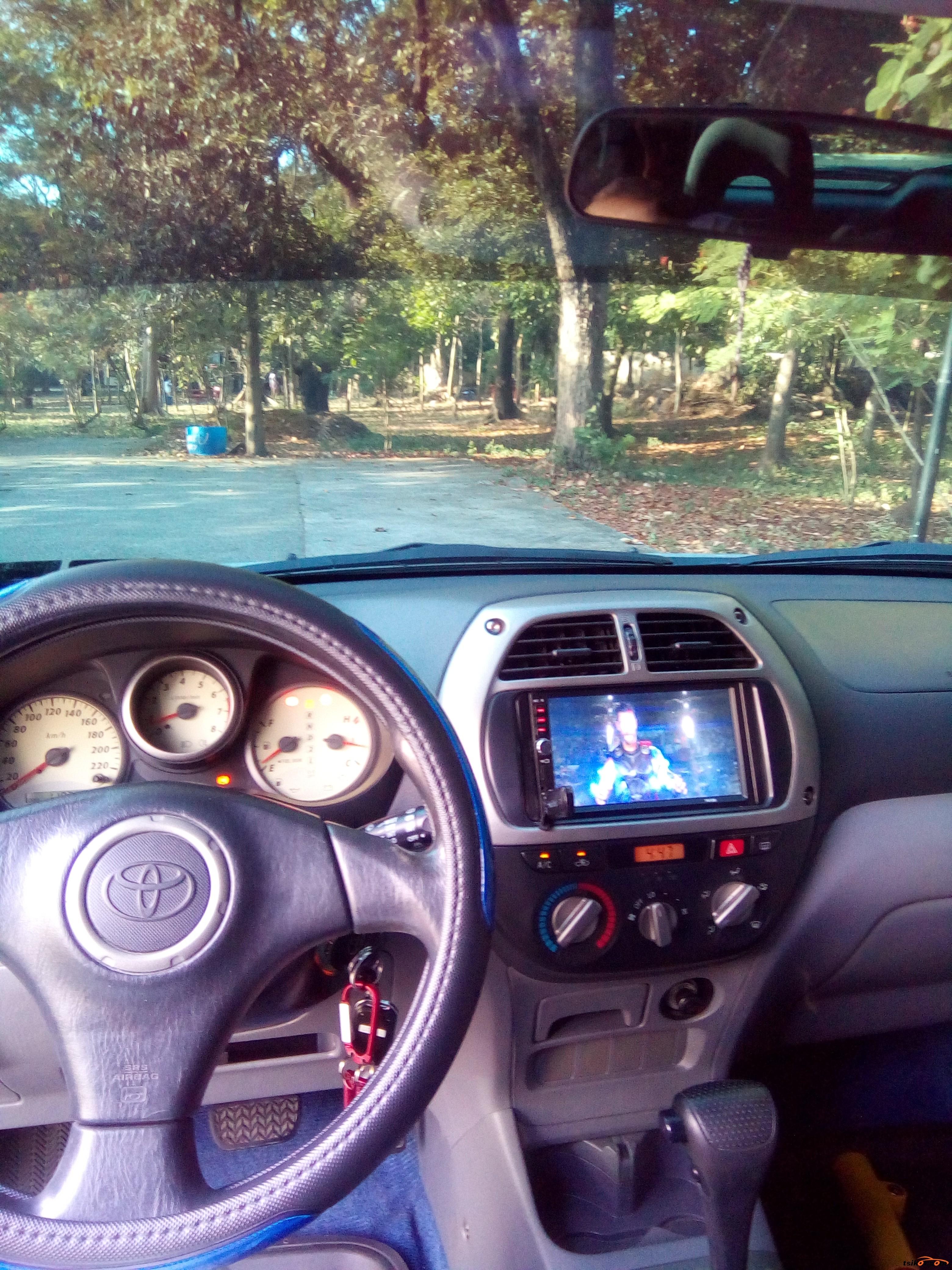 Toyota Rav4 2003 - 2