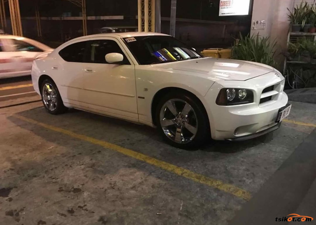 Dodge Charger 2010 - 4