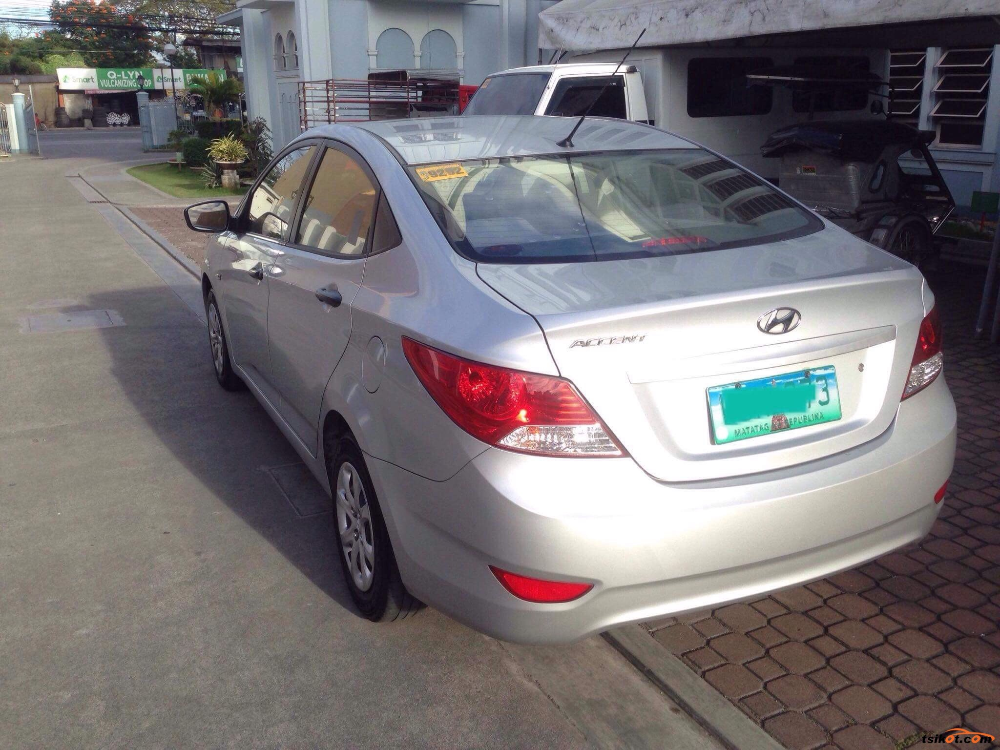 Hyundai Accent 2013 - 7
