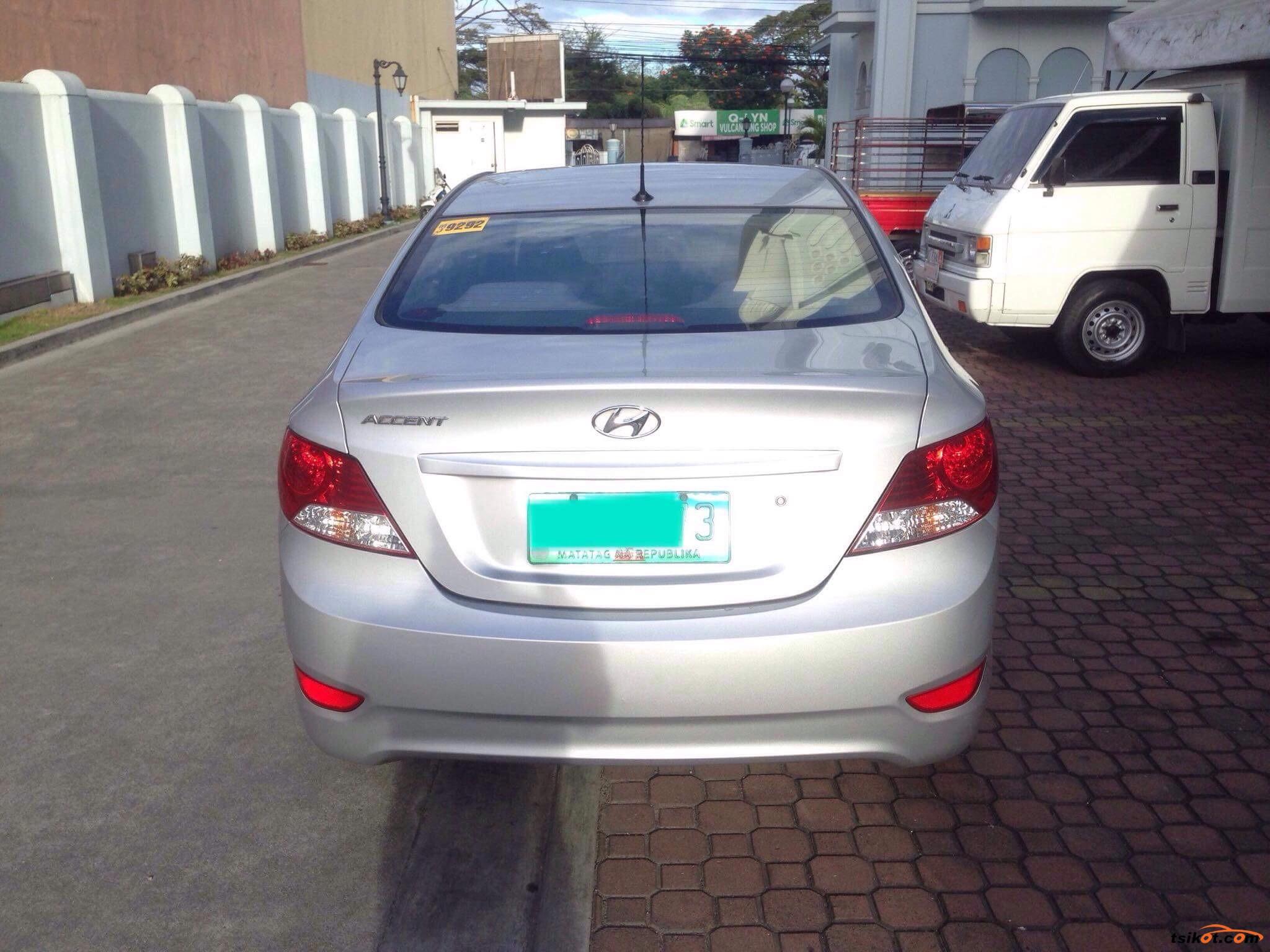Hyundai Accent 2013 - 8