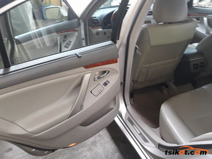 Toyota Camry 2006 - 10