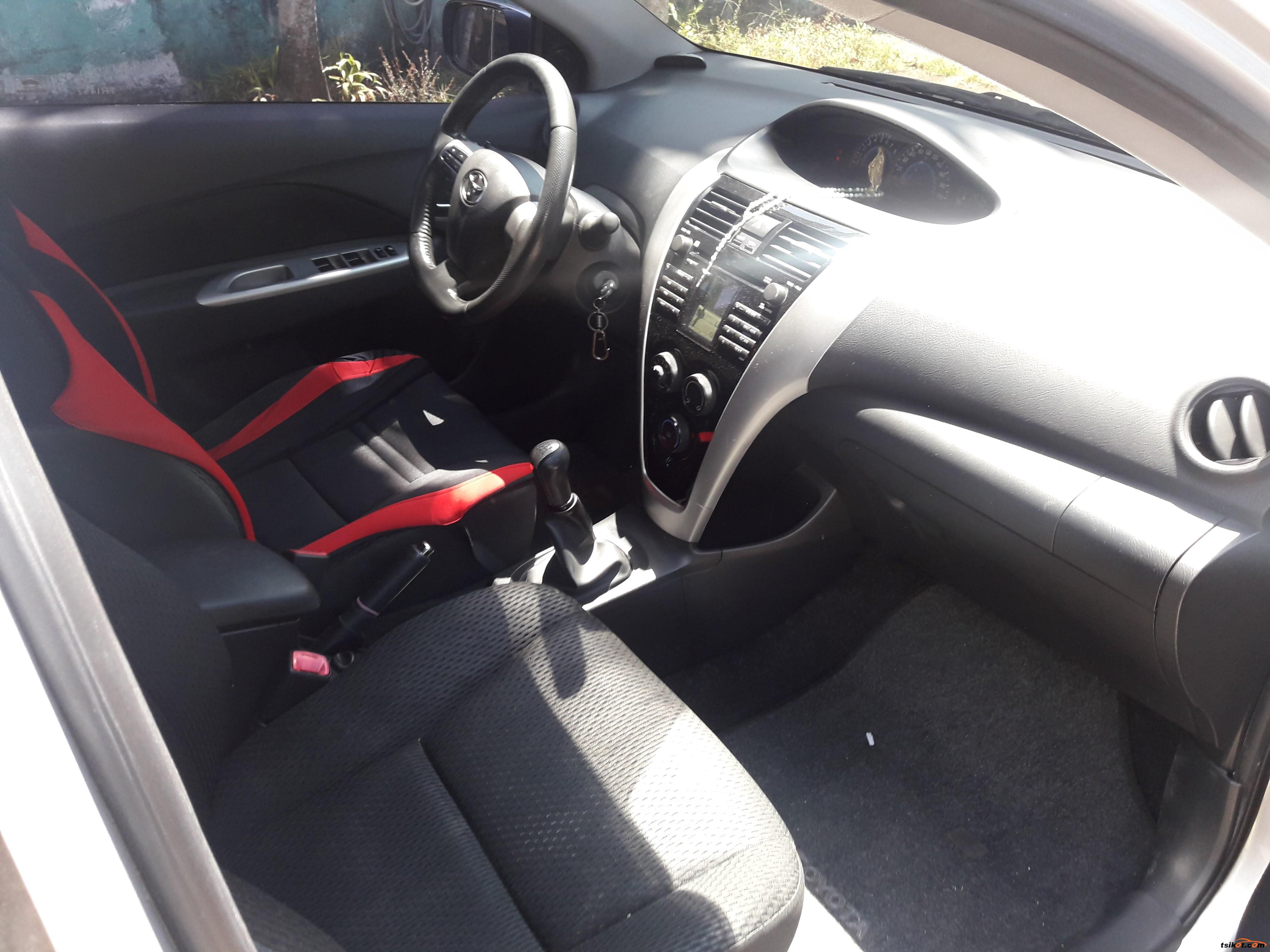 Toyota Vios 2011 - 9