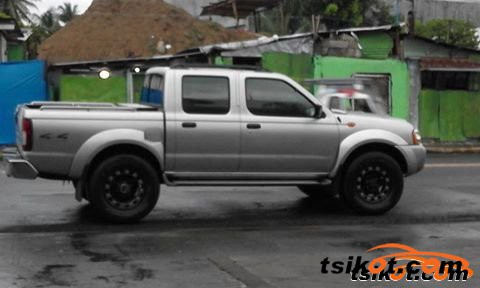 Nissan Frontier 2009 - 3