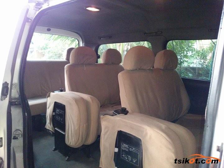 Hyundai Starex 1998 - 3