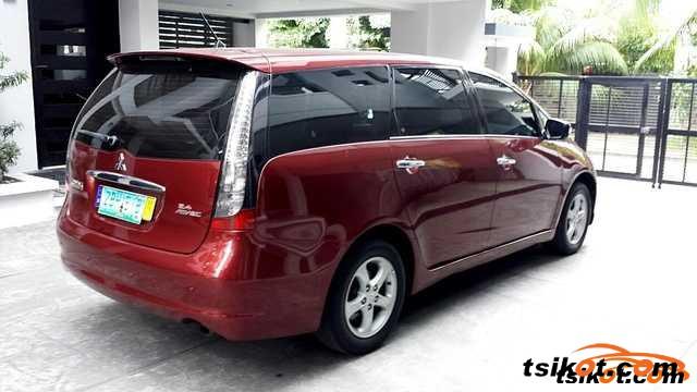 Mitsubishi Grandis 2006 - 1