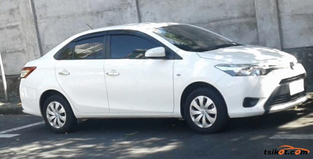 Toyota Vios 2017 - 2