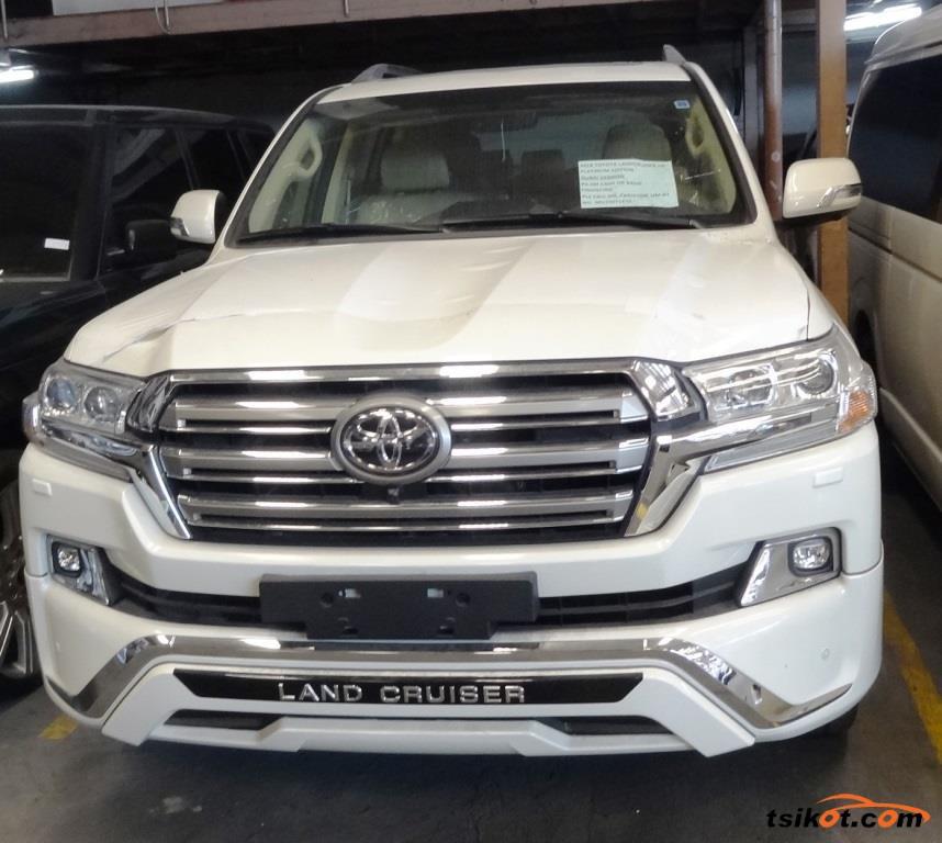 Toyota Land Cruiser 2017 - 1