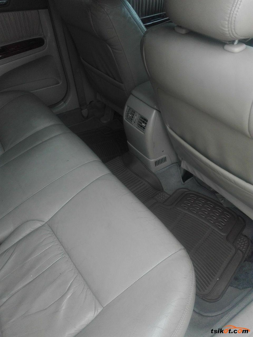 Toyota Camry 2002 - 4