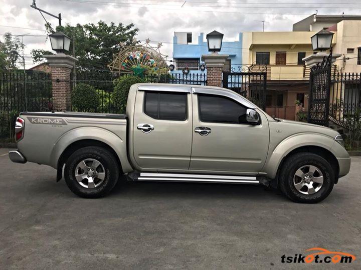 Nissan Navara 2011 - 2